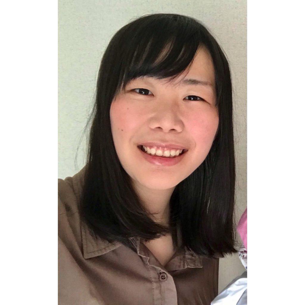 小山 瑠津子の写真